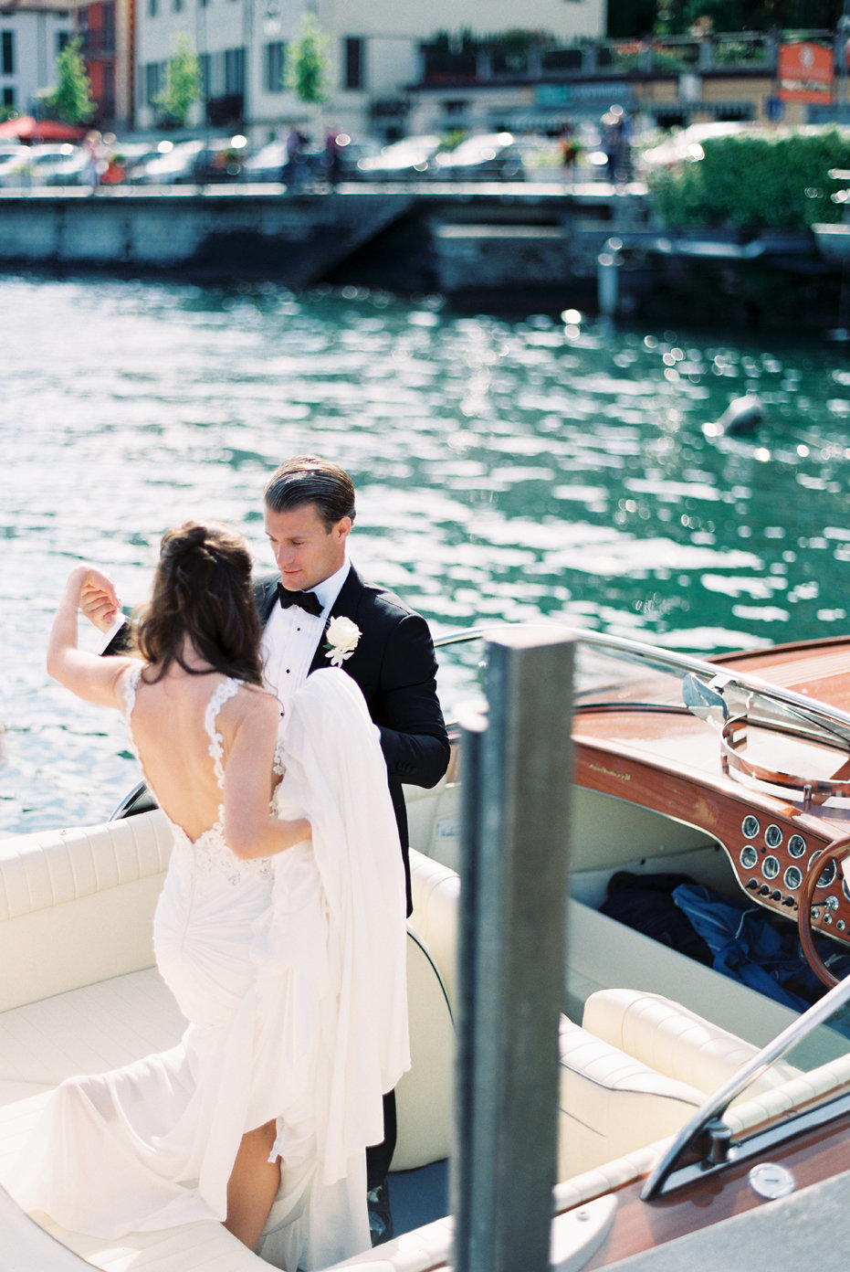 lake_como_italy_villa_balbianello_destination_wedding_melanie_gabrielle_028