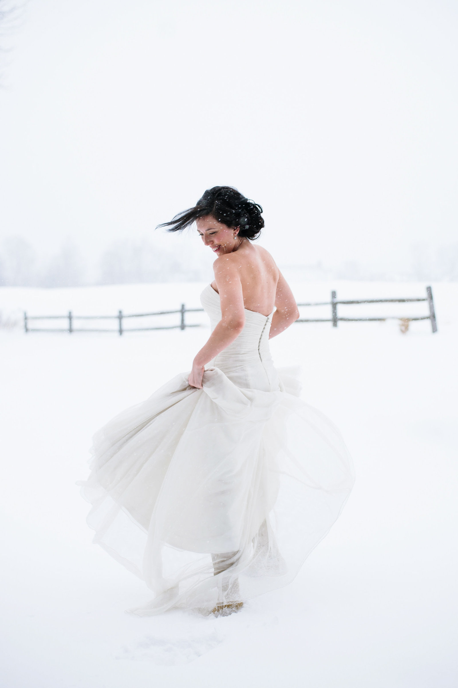 Snowy Intimate Vermont Wedding 0008