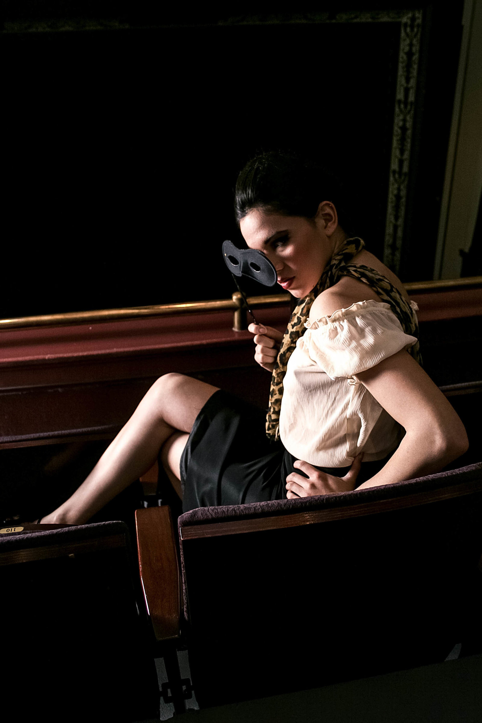 dupont-theatre-editorial-fashion-photography-kate-timbers-charleston-sc379