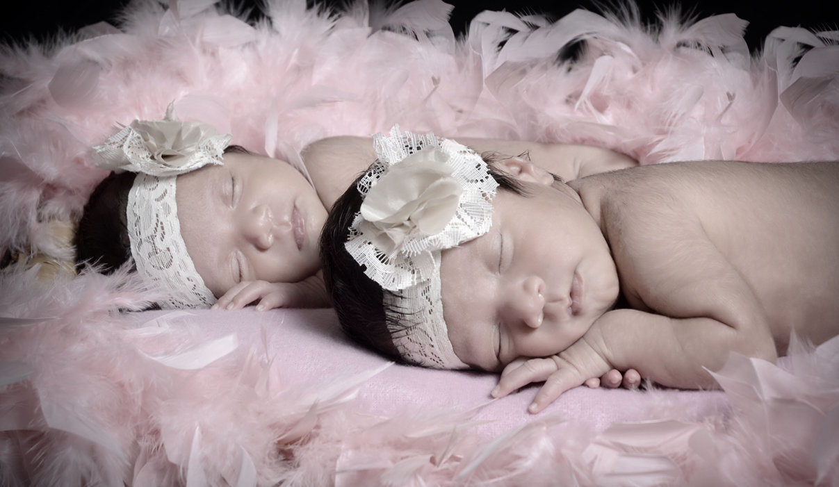 Newborn Session twins love