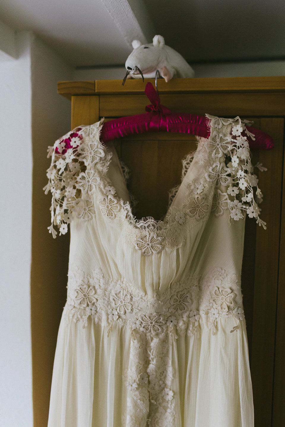 romantic_silk_chiffon_boho_wedding_dress_JoanneFlemingDesign (4)
