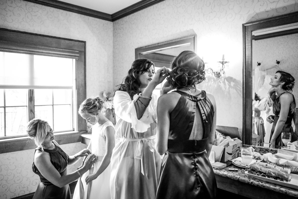 wedding milwaukee getting ready35