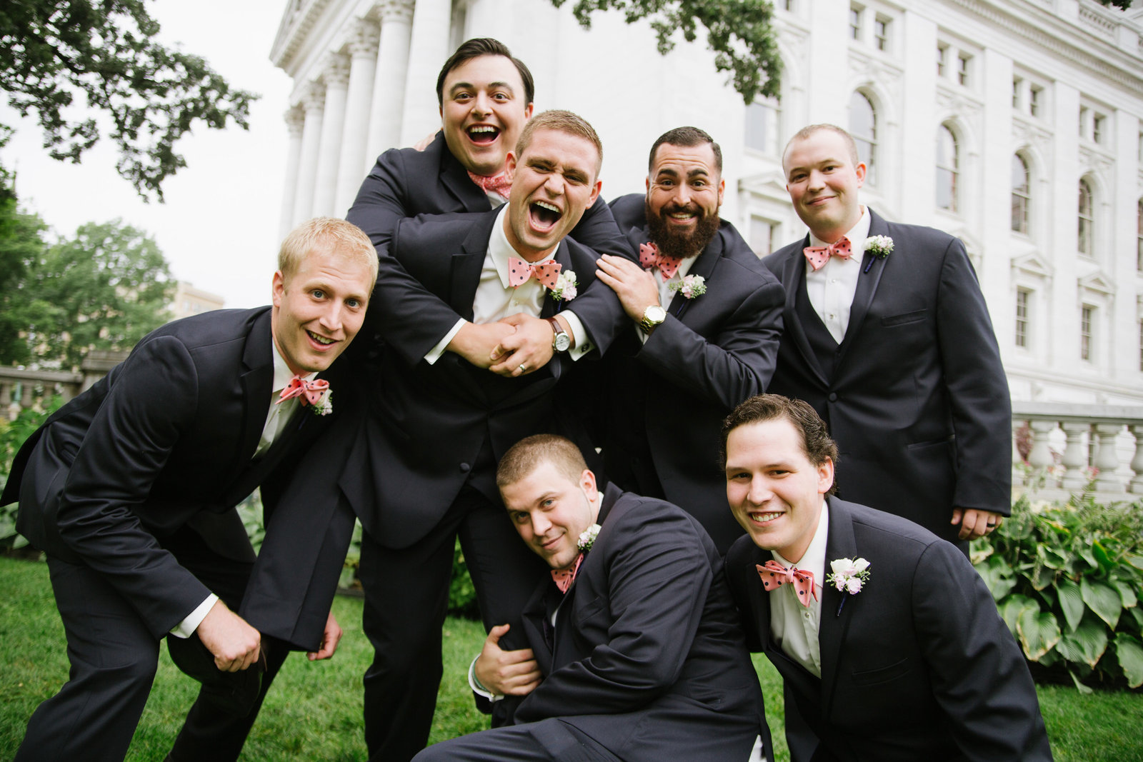 Madison Wisconsin Wedding photographer Madison Club A+A-406
