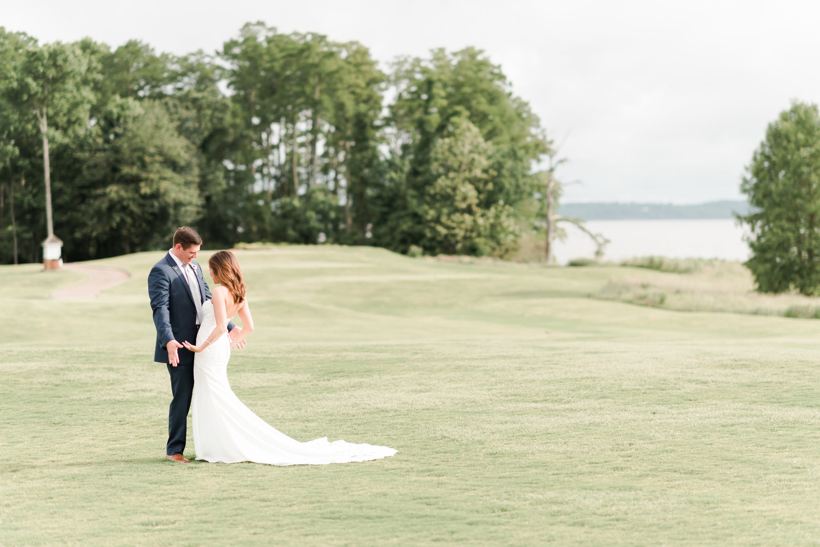 Two Rivers Country Club Classic Memorial Day Wedding by Elizabeth Friske Photography-54