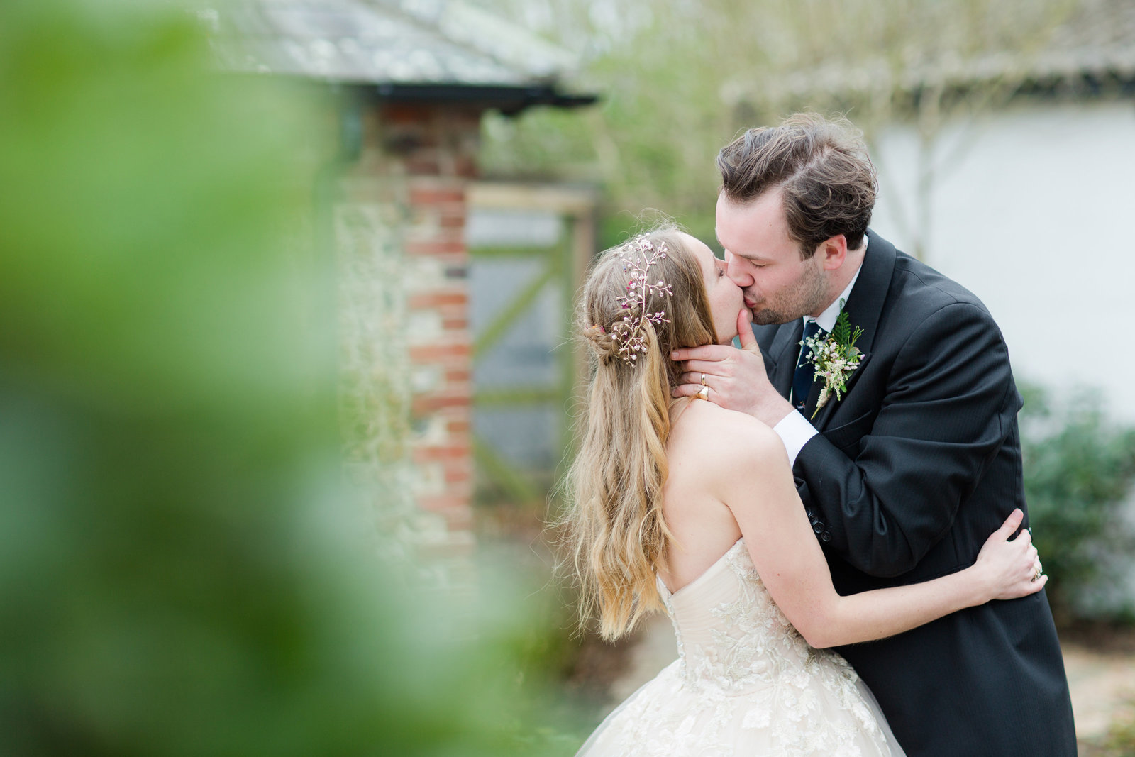 adorlee-0026-southend-barns-wedding-photographer-chichester-west-sussex
