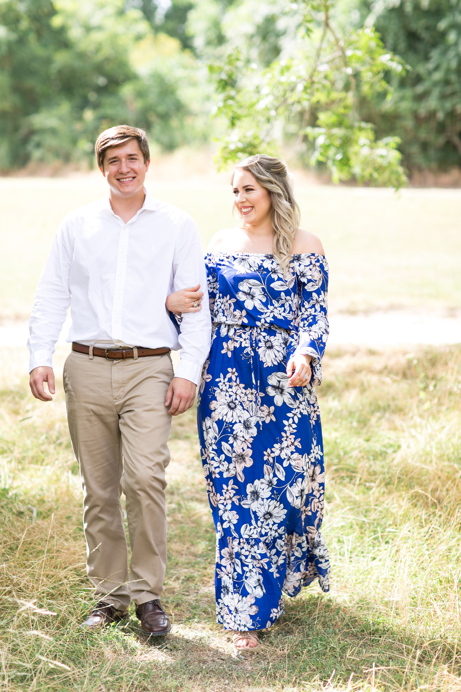 GALLERY-Megan-Adam-Engagement-Session-IH8A882135