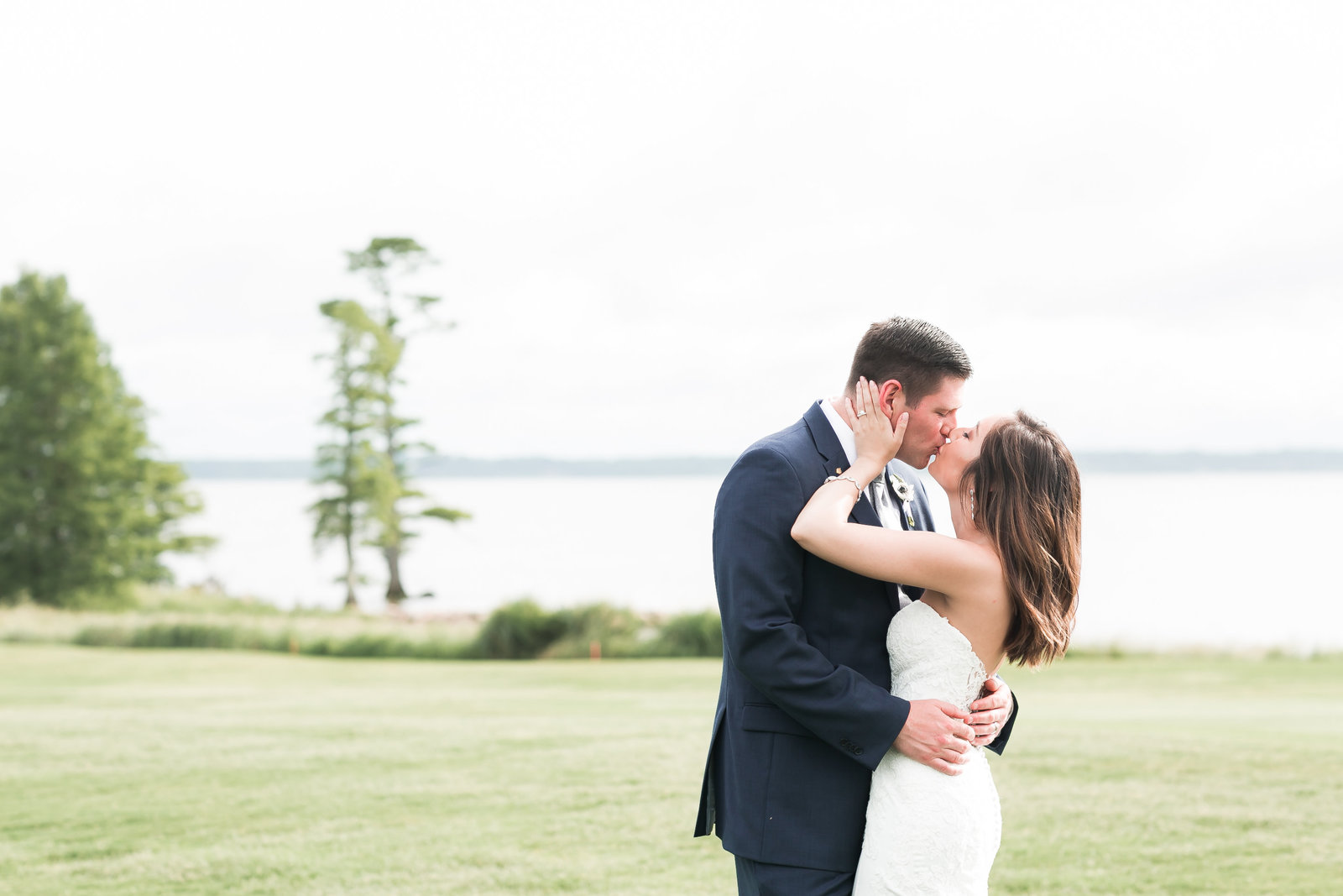 Two Rivers Country Club Classic Memorial Day Wedding by Elizabeth Friske Photography-52