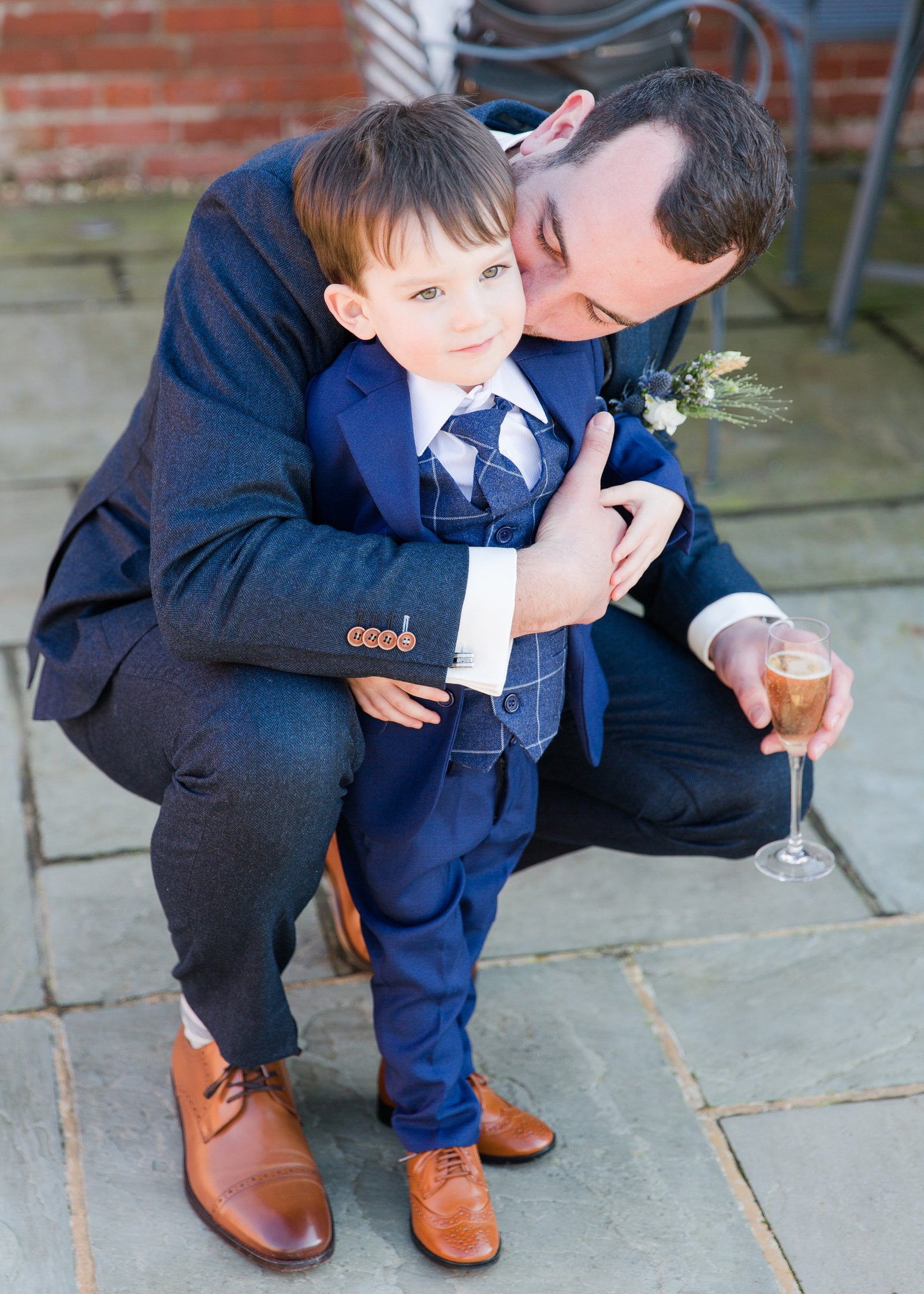 adorlee-0913-southend-barns-wedding-photographer-chichester-west-sussex
