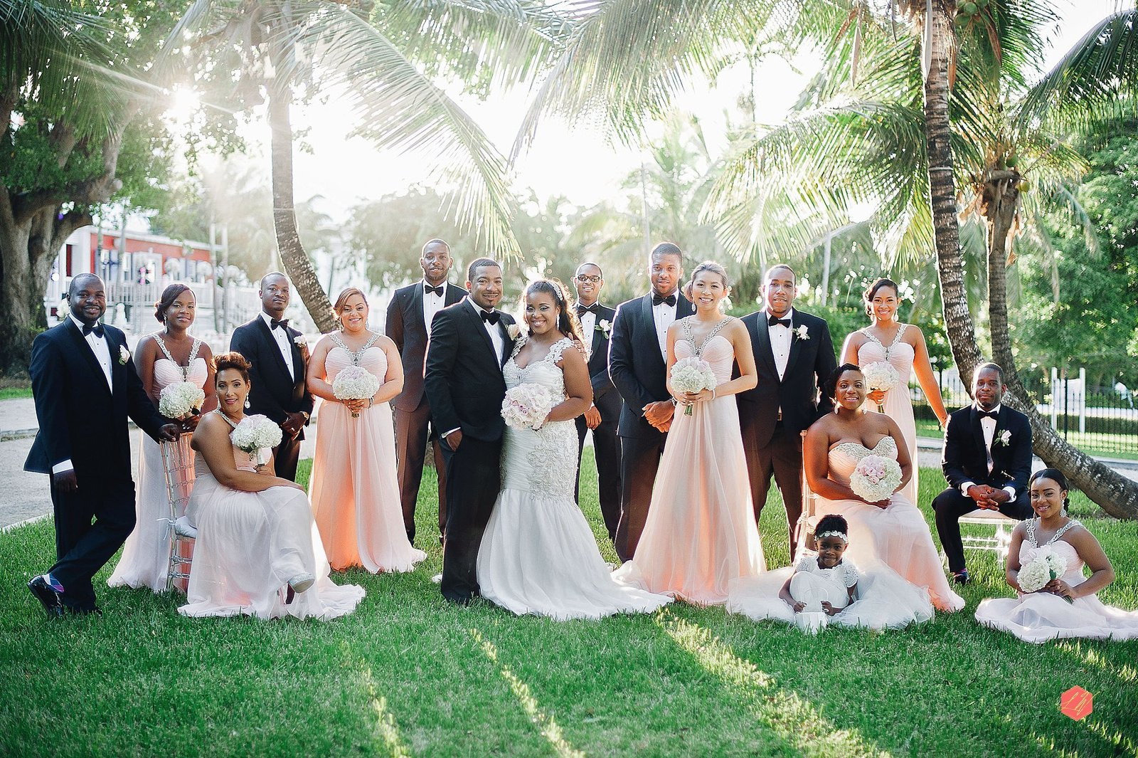 Sunset bridal party in Nassau Bahamas by Lyndah Wells Photography_0001