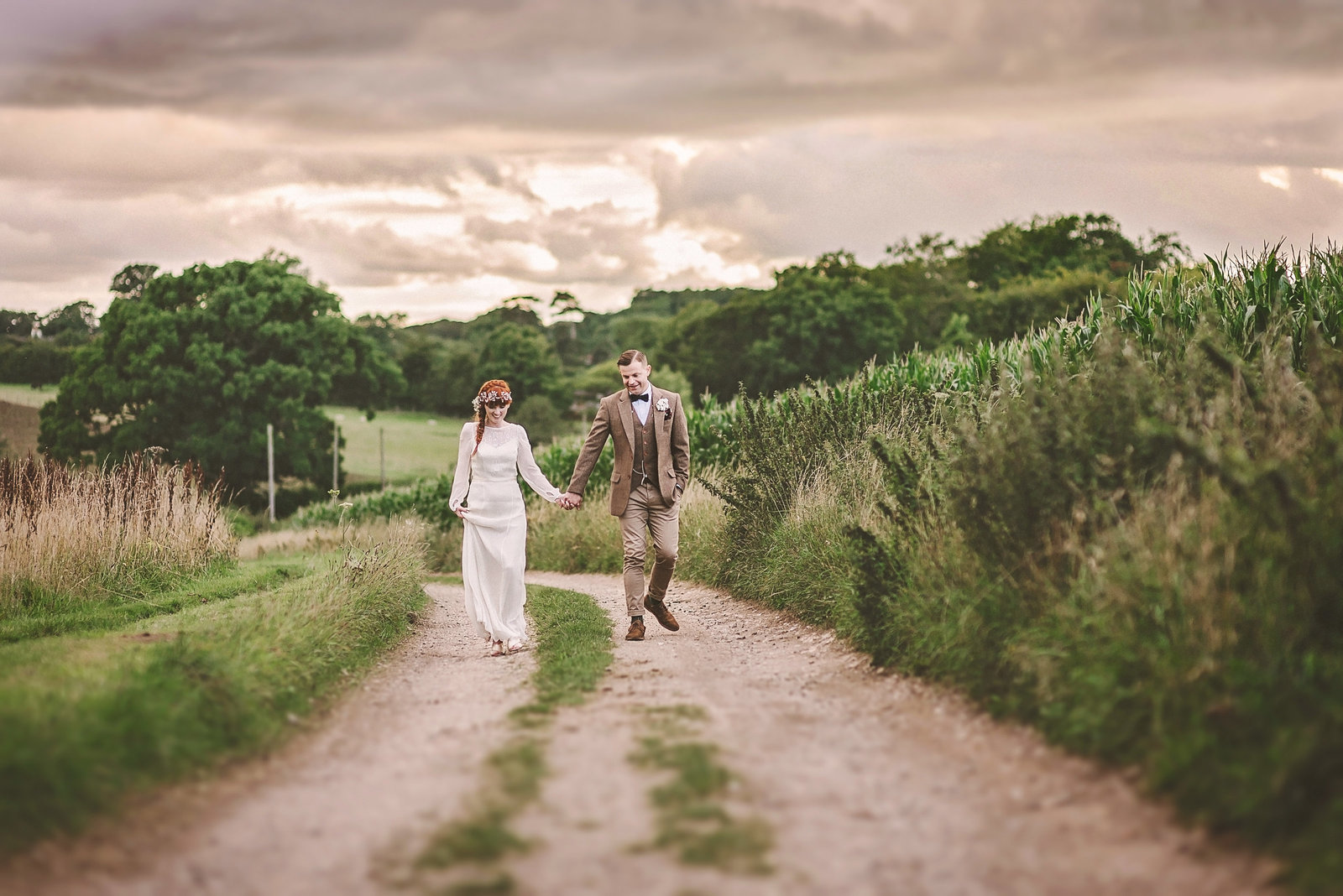 Natural relaxed documentary wedding photography tring hertfordshire