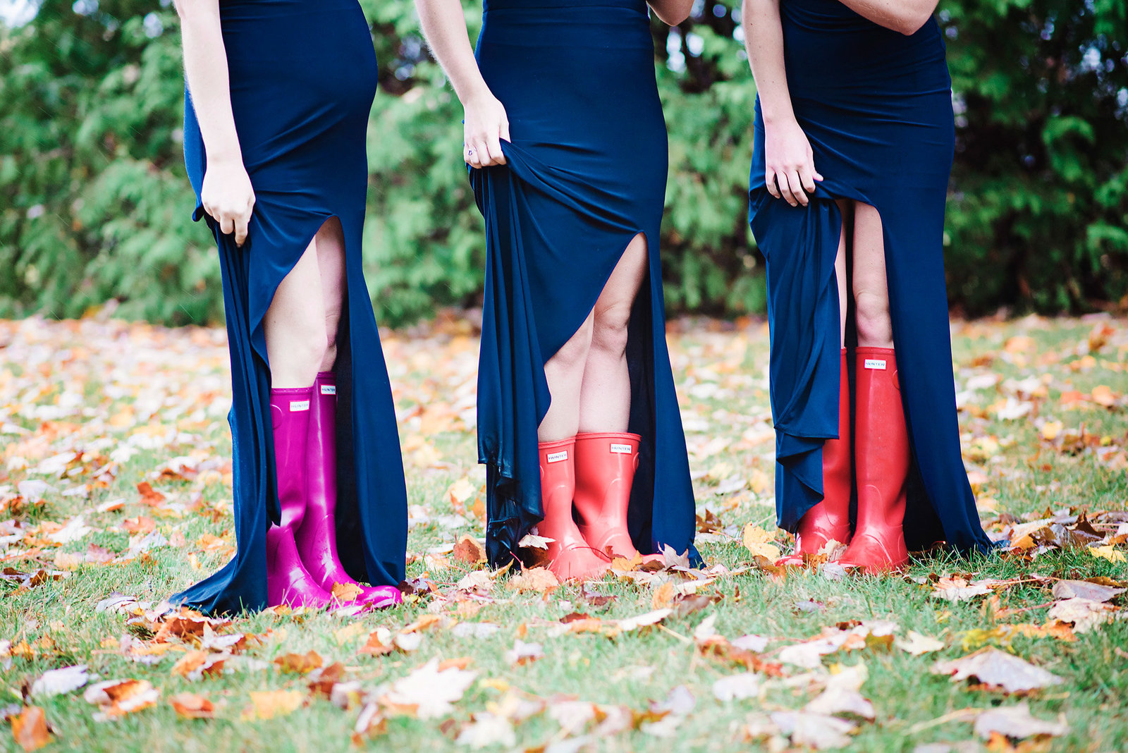 bridesmaids with Hunter boots, bridesmaids in navy, rainy wedding day, fall wedding in Vermont