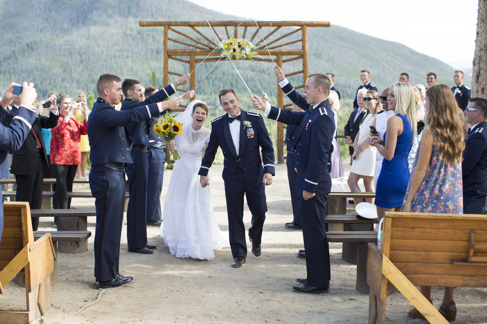 Jessi-Zach-Photography-Colorado-Wedding-Photographer-Grand-Lake-Lodge_1