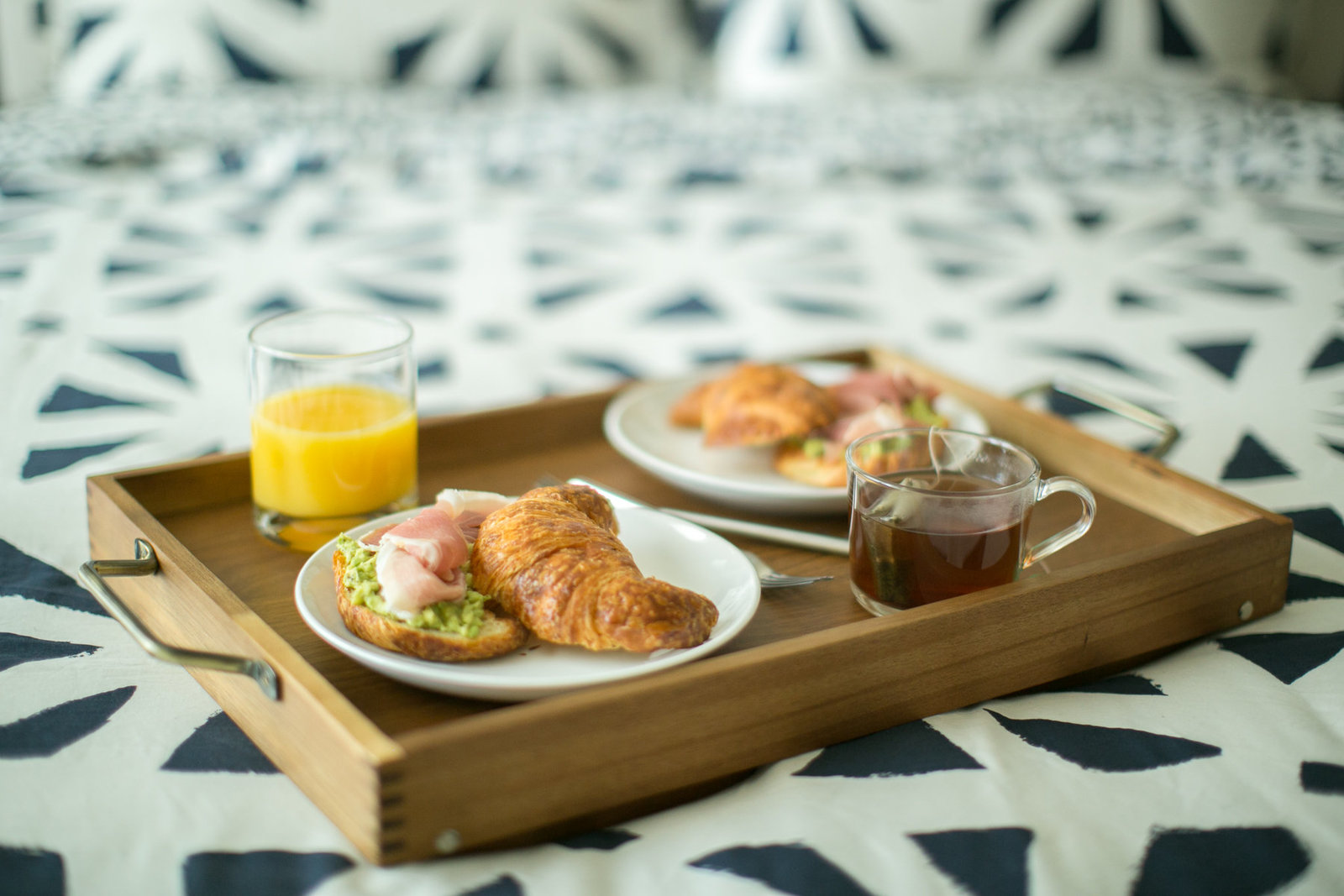 Breakfast-in-bed-artphotosoul-photographers-1