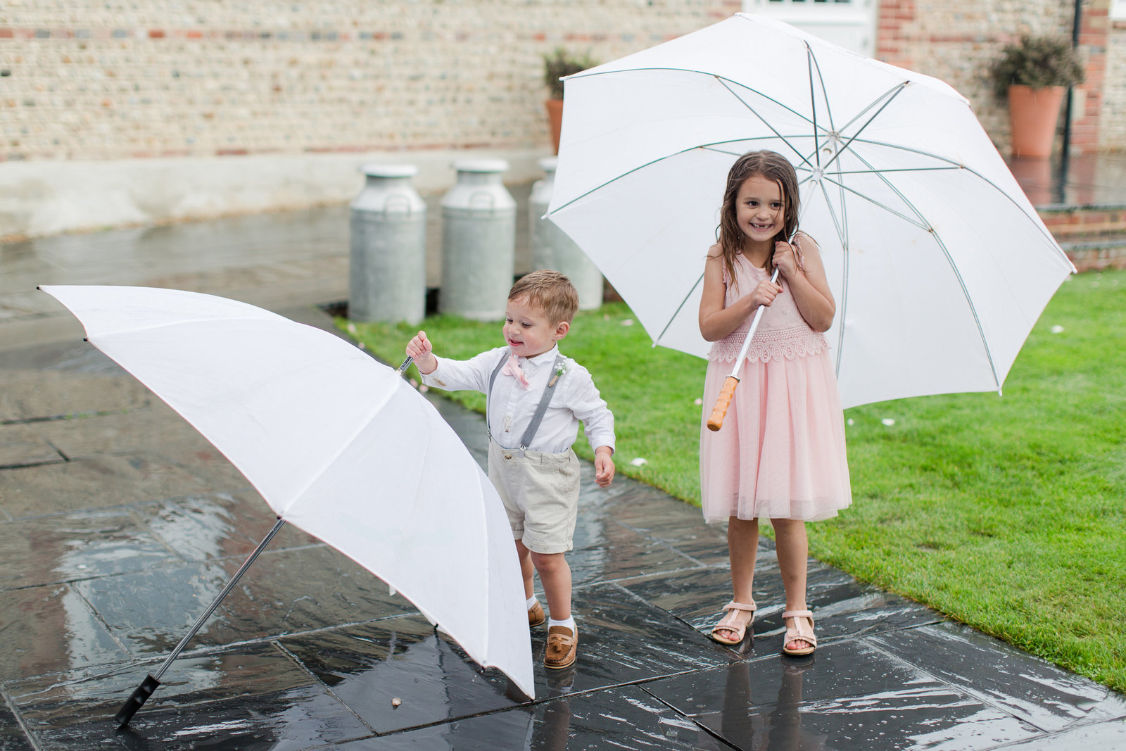 adorlee-0773-southend-barns-wedding-photographer-chichester-west-sussex