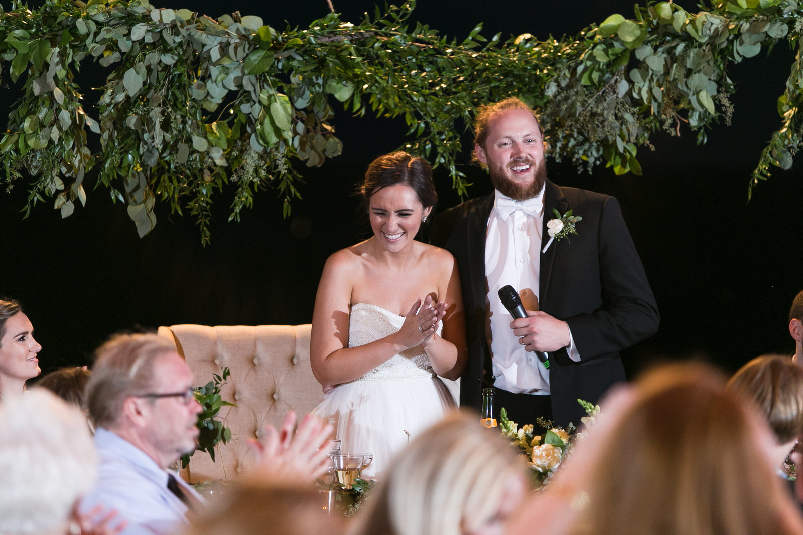 Kansas_City_Wedding_Planner_Madison_Sanders_Weston_Timber_Barn_Greenery-0135