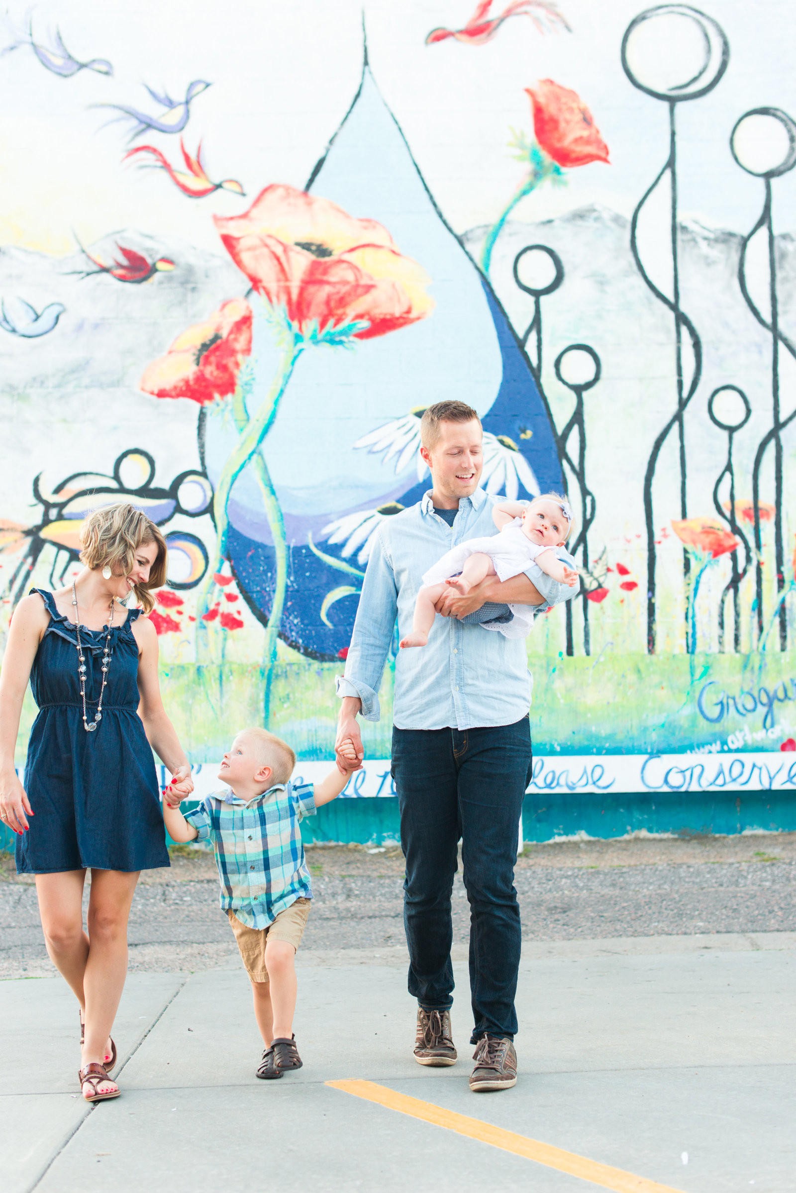 Downtown-Littleton-Colorado-mini-family-session-15