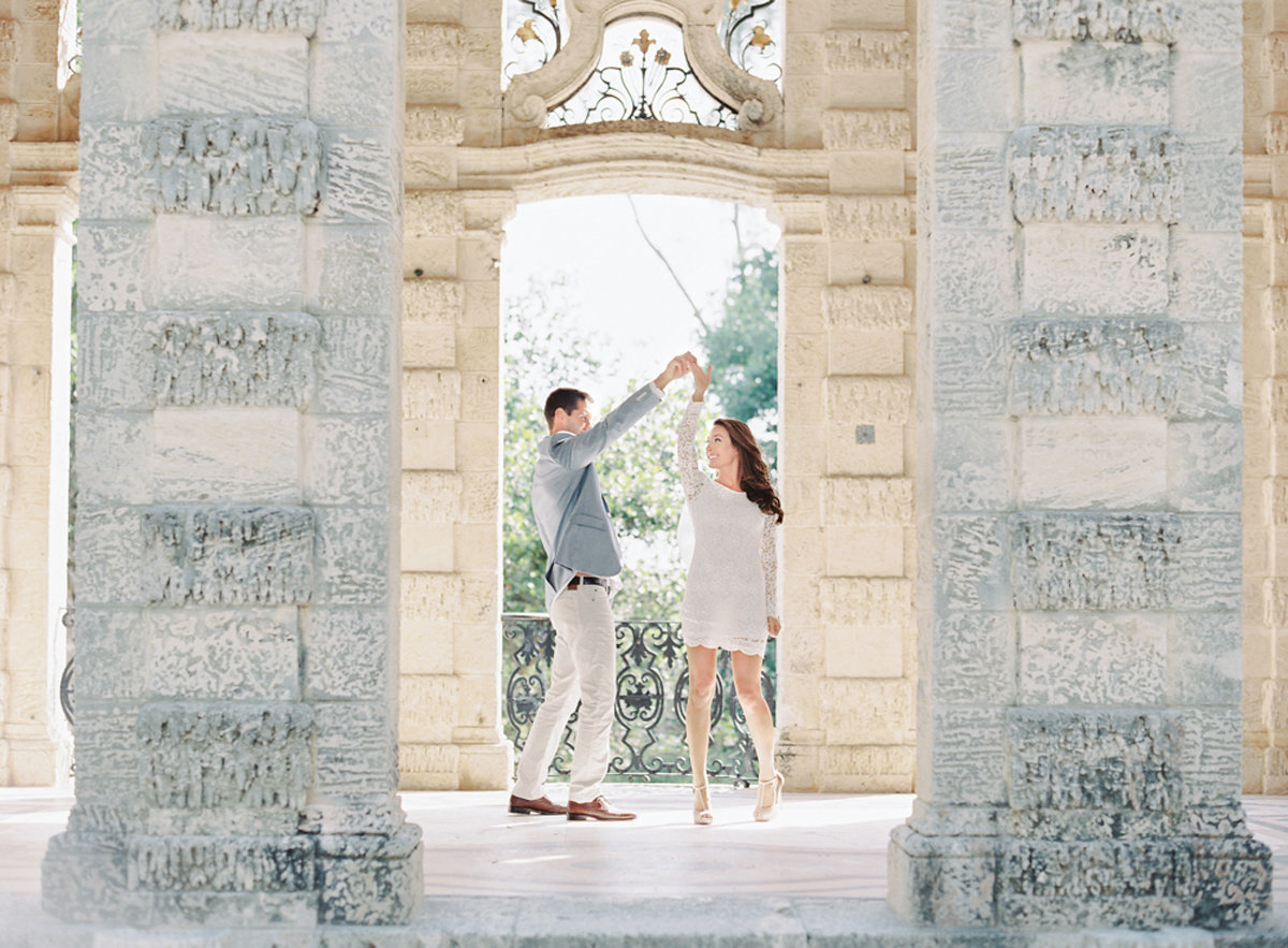 kayla_jon_vizcaya_sailboat_engagement_melanie_gabrielle_photography_12
