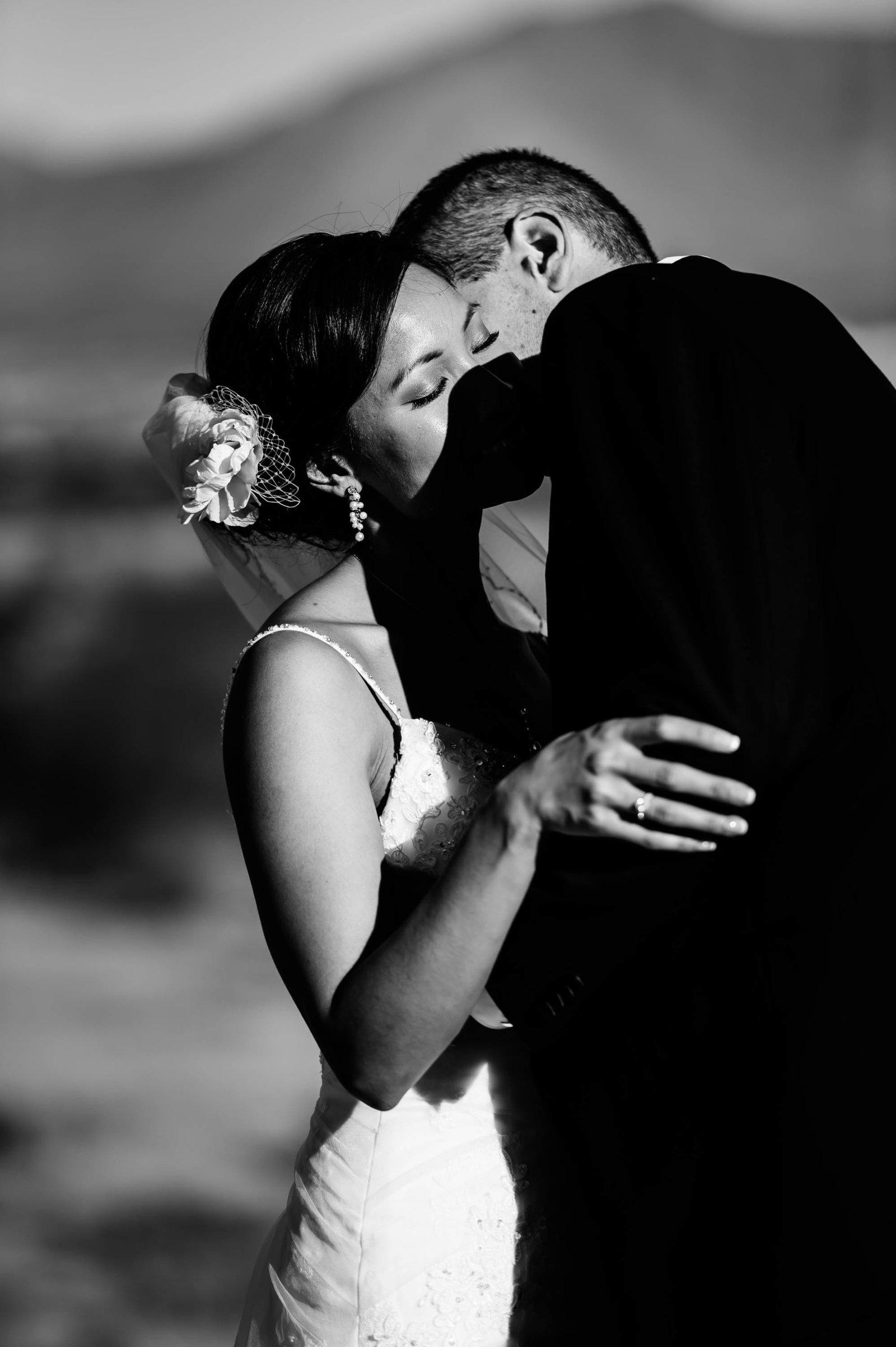 299-El-paso-wedding-photographer-HeRi_0396