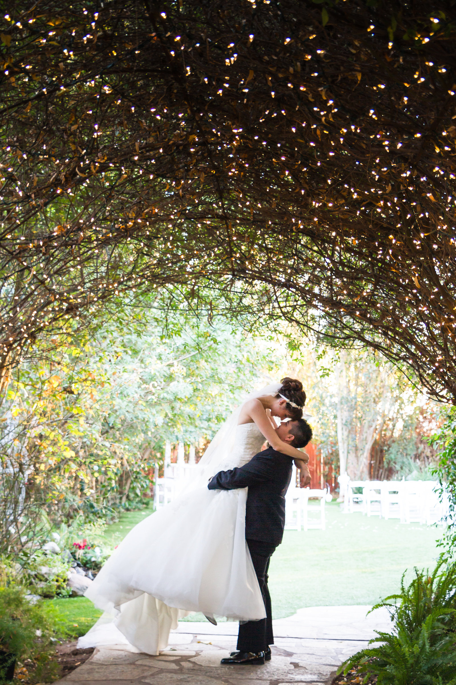 53-Twin Oaks house and garden wedding photo-San-Diego, California Wedding