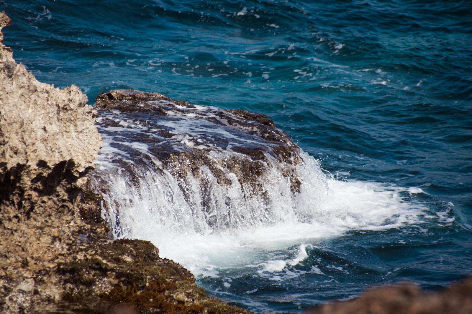 water-cliff-coast-travel-aruba-kate-timbers-photography-822