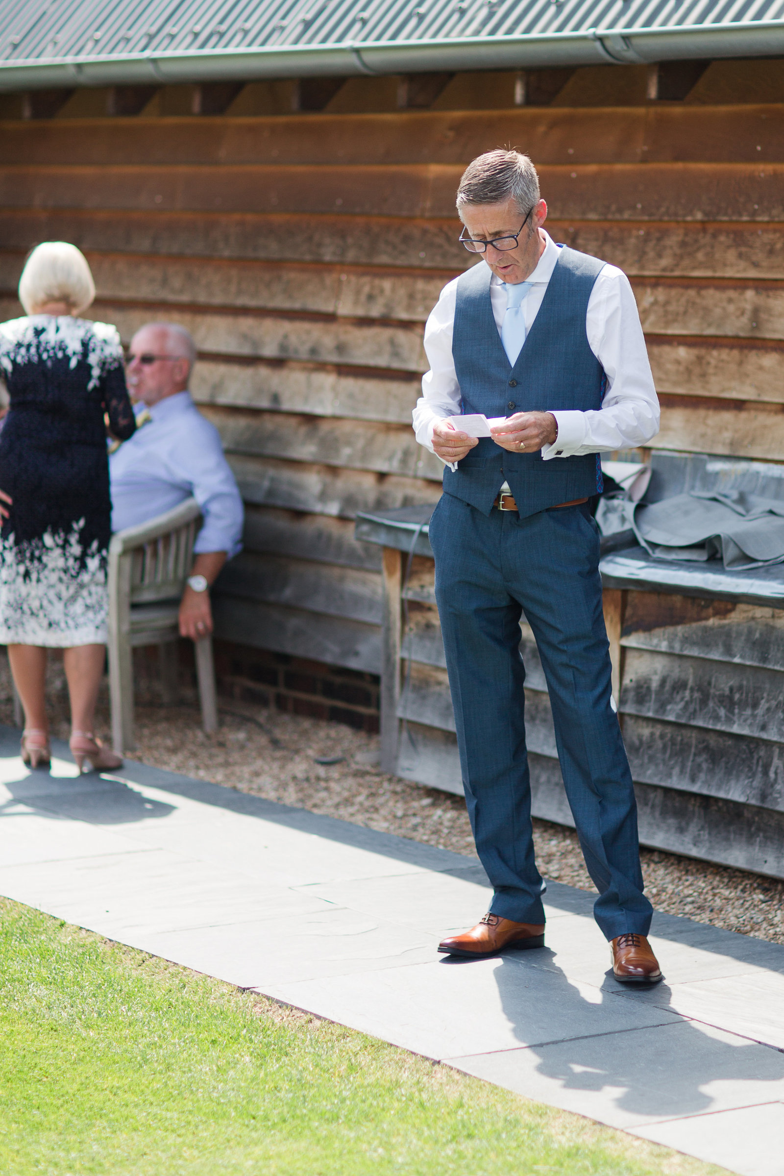 adorlee-0418-southend-barns-wedding-photographer-chichester-west-sussex