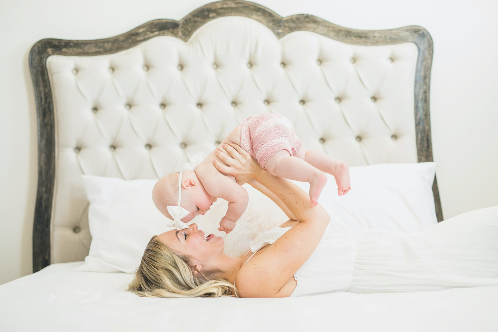 Las Vegas Newborn Photographer with mom