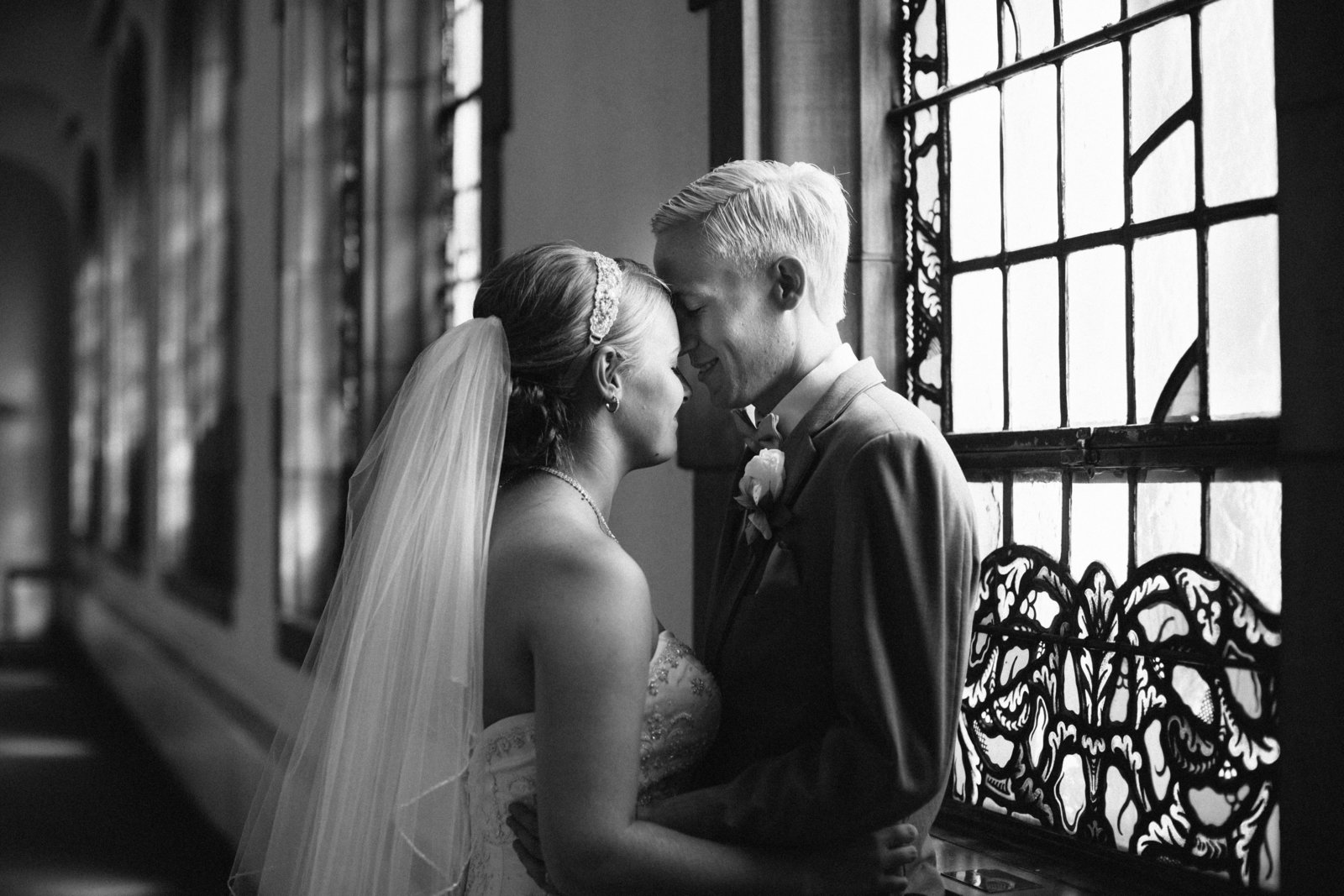 Akron Ohio wedding at The Chapel in Akron by Austin and Rachel Photography