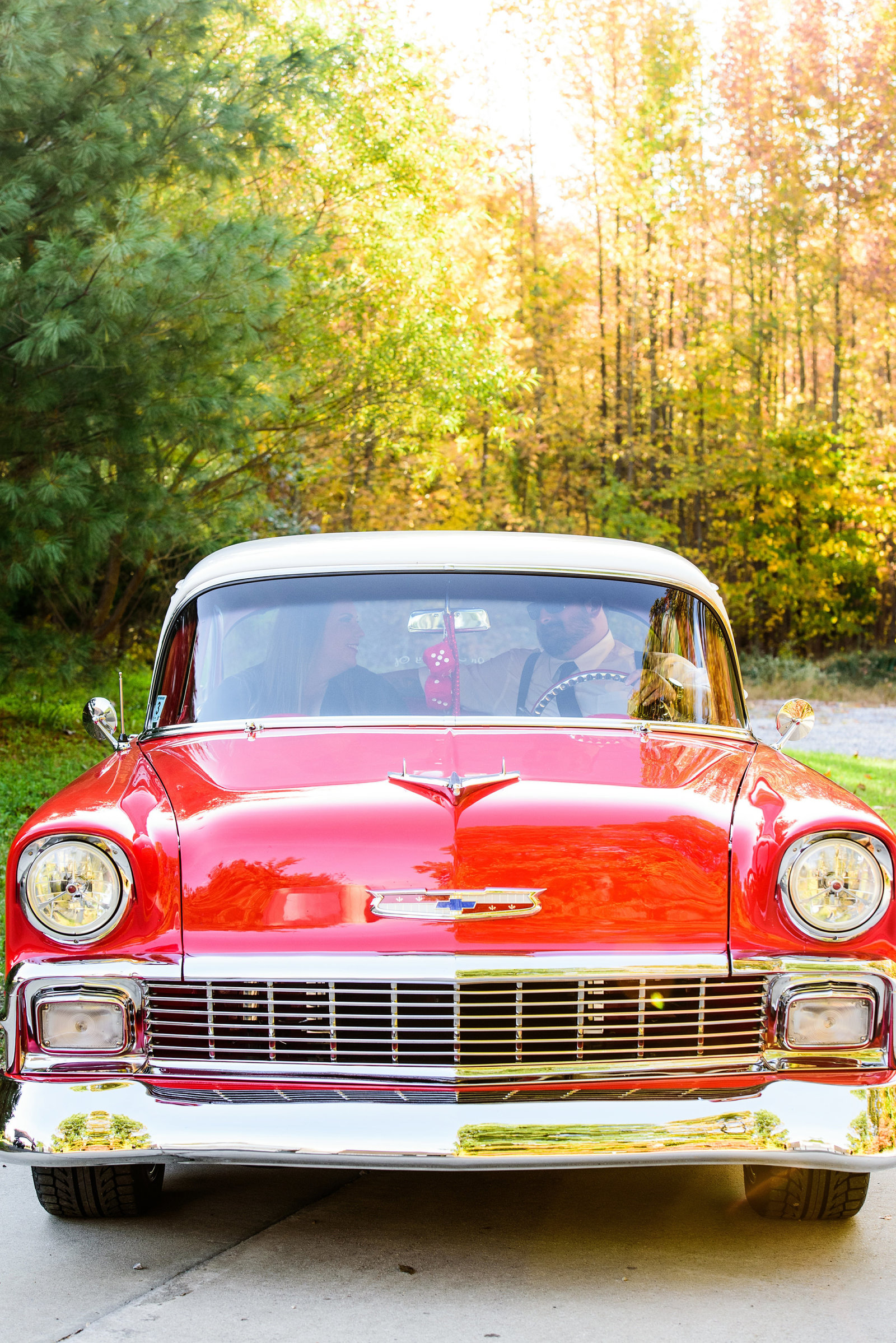 Retro_Pinup_Car_engagement_session_Nj040