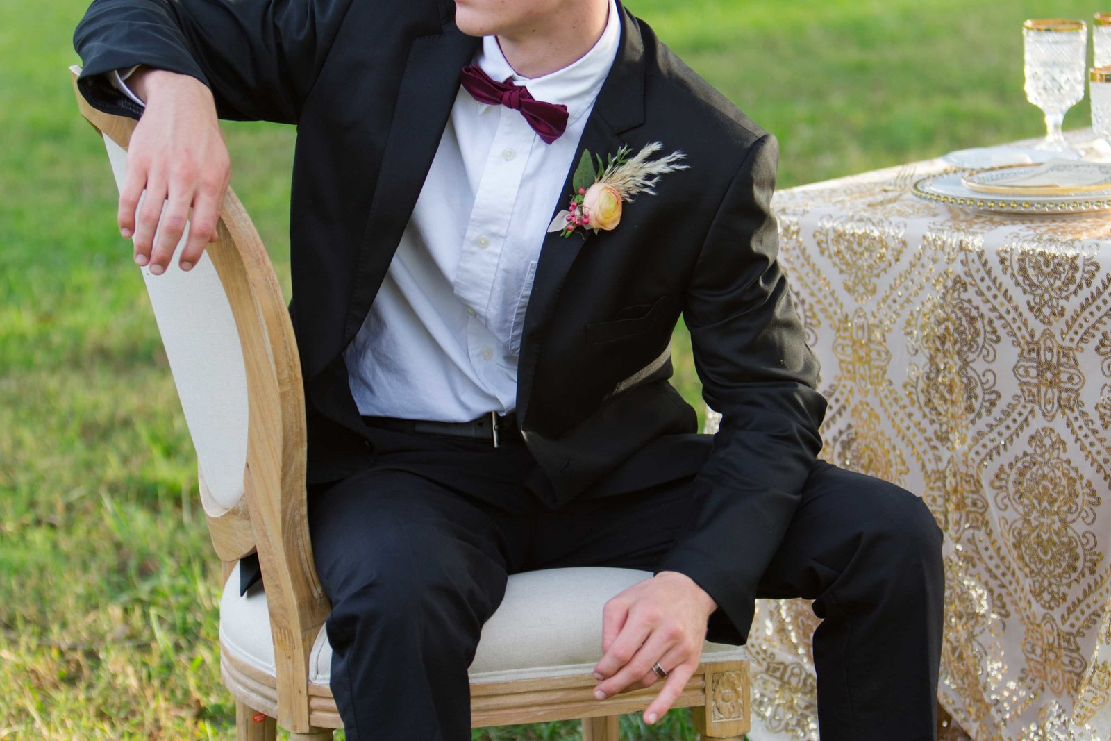 Great gatsby groom details with bowtie and boutonniere