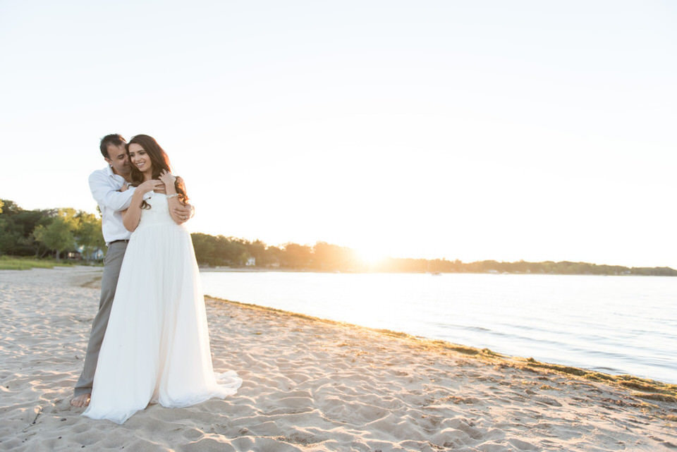 Alaa-Jad-Ottawa-Beach-Bridal-Shoot-Ali-Batoul-Creatives-121-1024x684(pp_w990_h661)