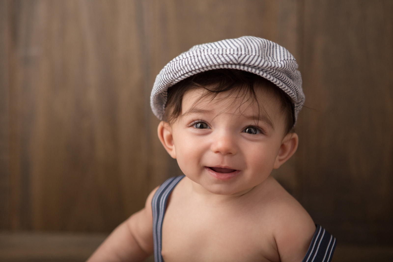 cute 6 month baby boy photos by Hudson Valley professional photographer in Cornwall NY photography studio