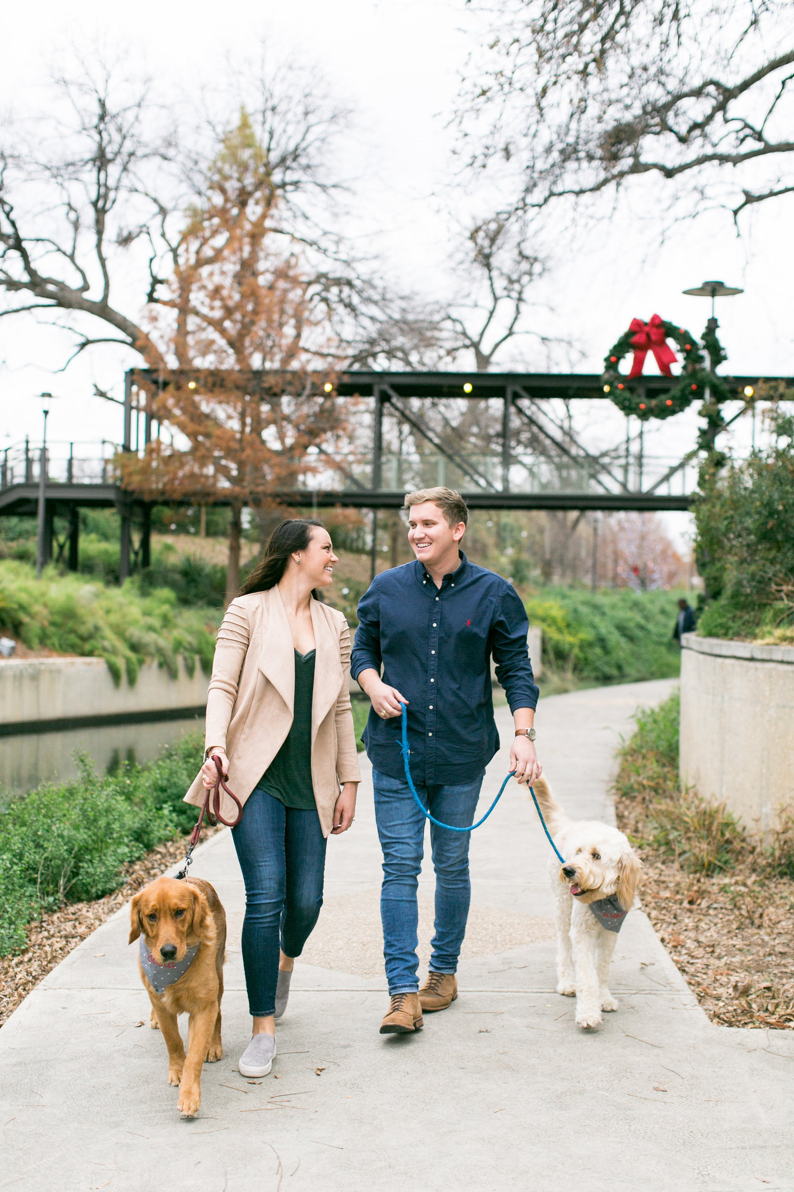 pearl-brewery-stables-san-antonio-riverwalk-engagement-session-7