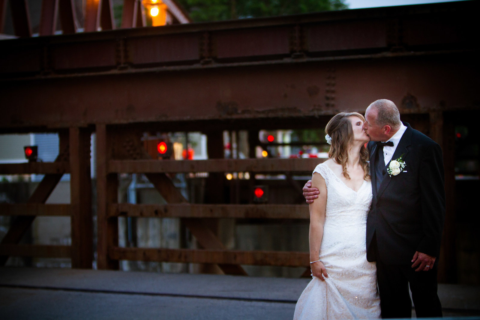 wedding photography bride and groom in front of fairport bridge