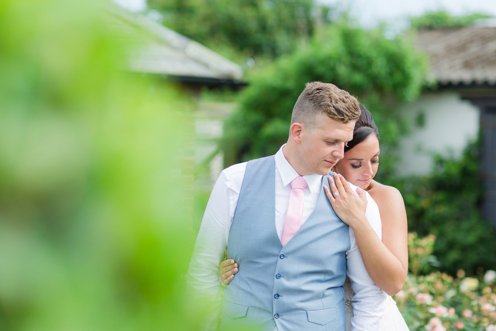 adorlee-0667-southend-barns-wedding-photographer-chichester-west-sussex