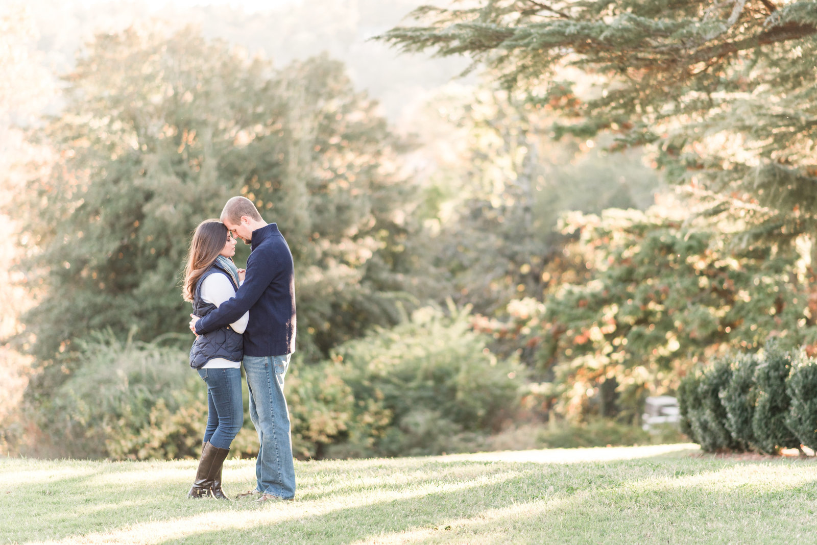 fall golden light engagement photo at maymont park in richmond va by hampton roads wedding photographer