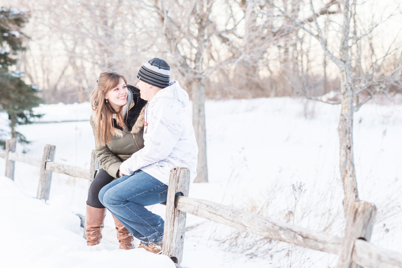 Cozy-Winter-Engagement-Photos-Ottawa-172548
