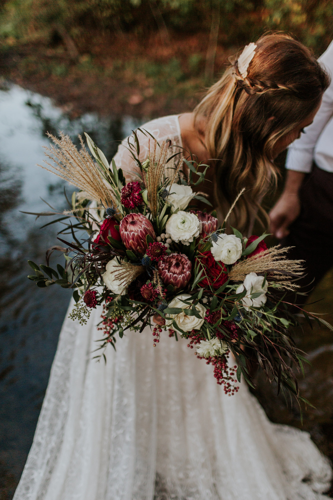 emily_hary_photography_earthy_luxe_fall_elopement_inspiration (165)