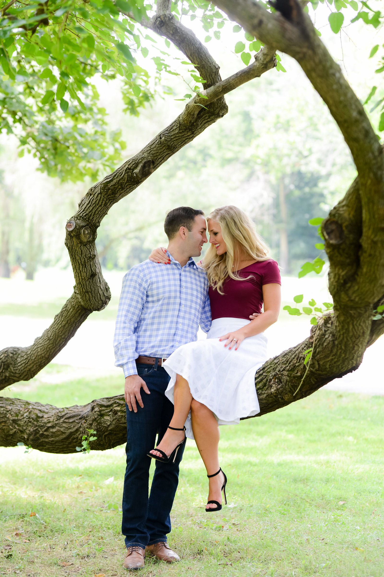 Indianapolis Engagement Photo by Sara Ackermann