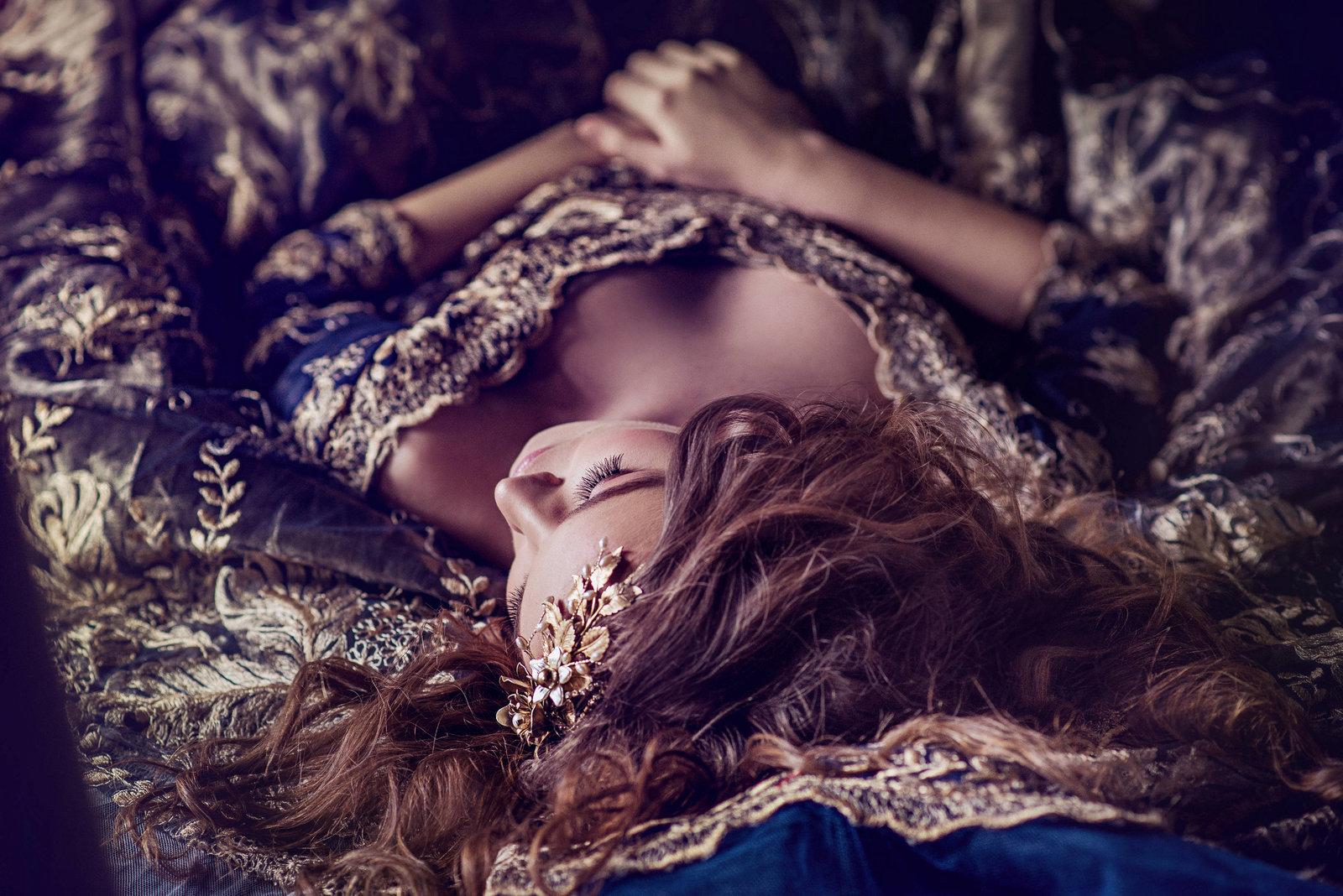 navy_gold_lace_ballgown_JoanneFlemingDesign_LucianaVargaPhoto (3)