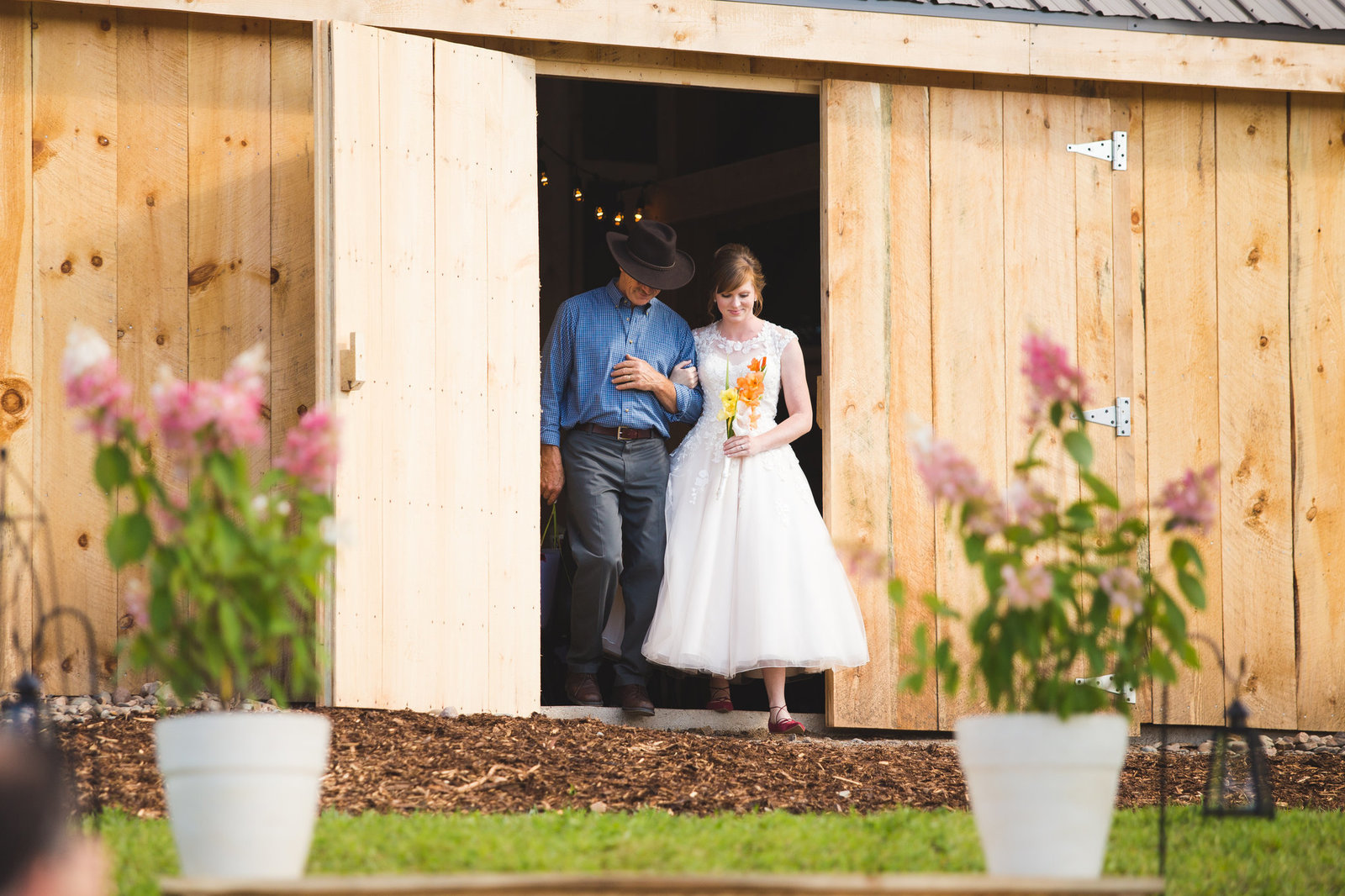 Saint John NB Wedding Photographers & Filmmakers - NB Barn Wedding28