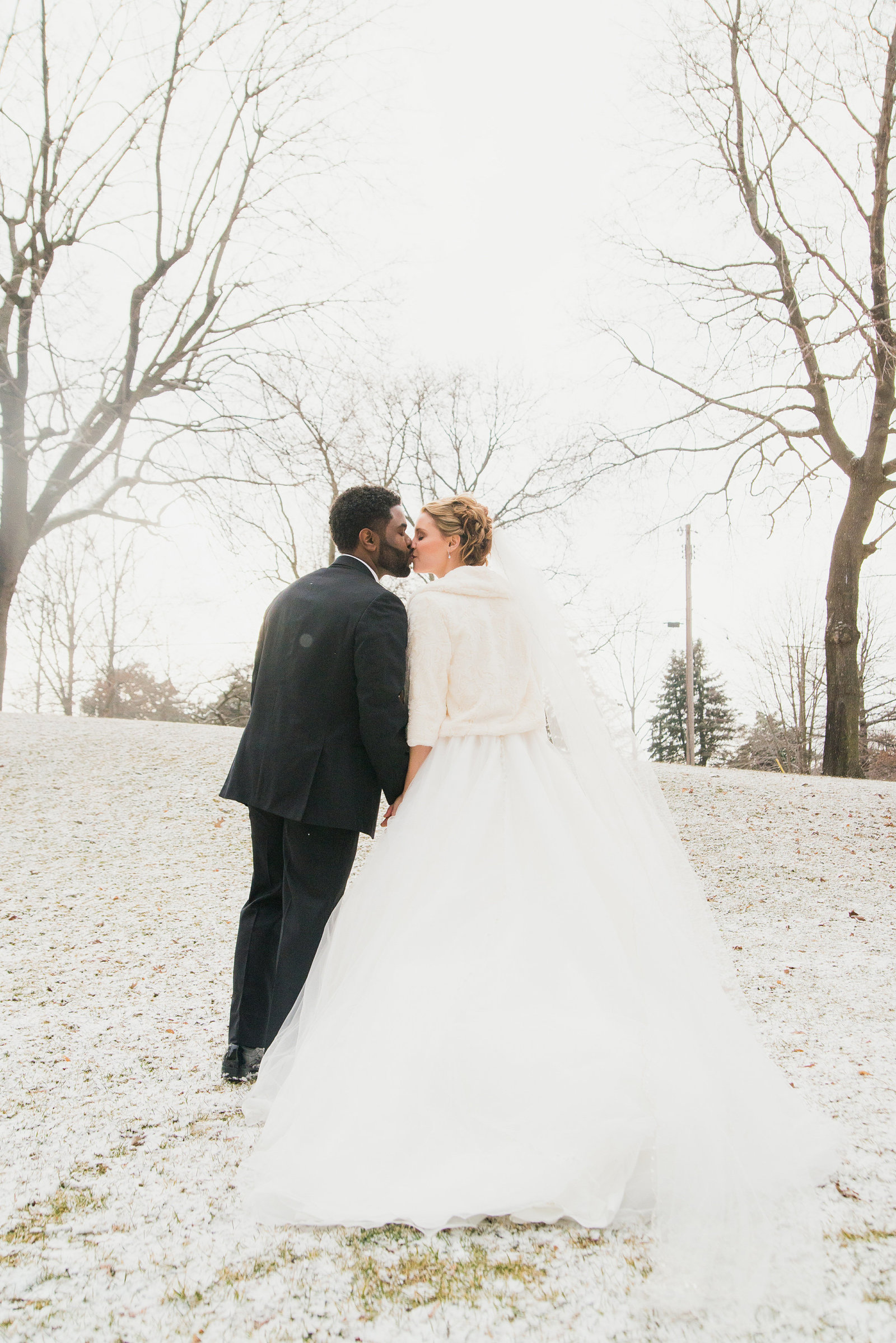 Running_Deer_Winter_Wedding114