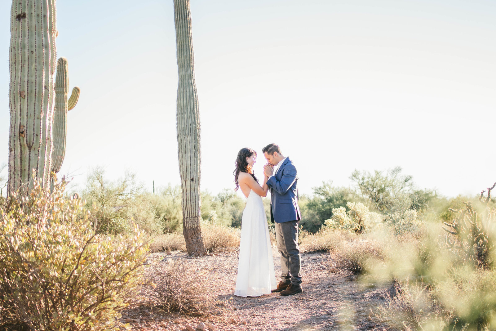 Phoenix wedding photographer, Sarah Horne, specializes in classic, timeless, and romantic wedding photography.