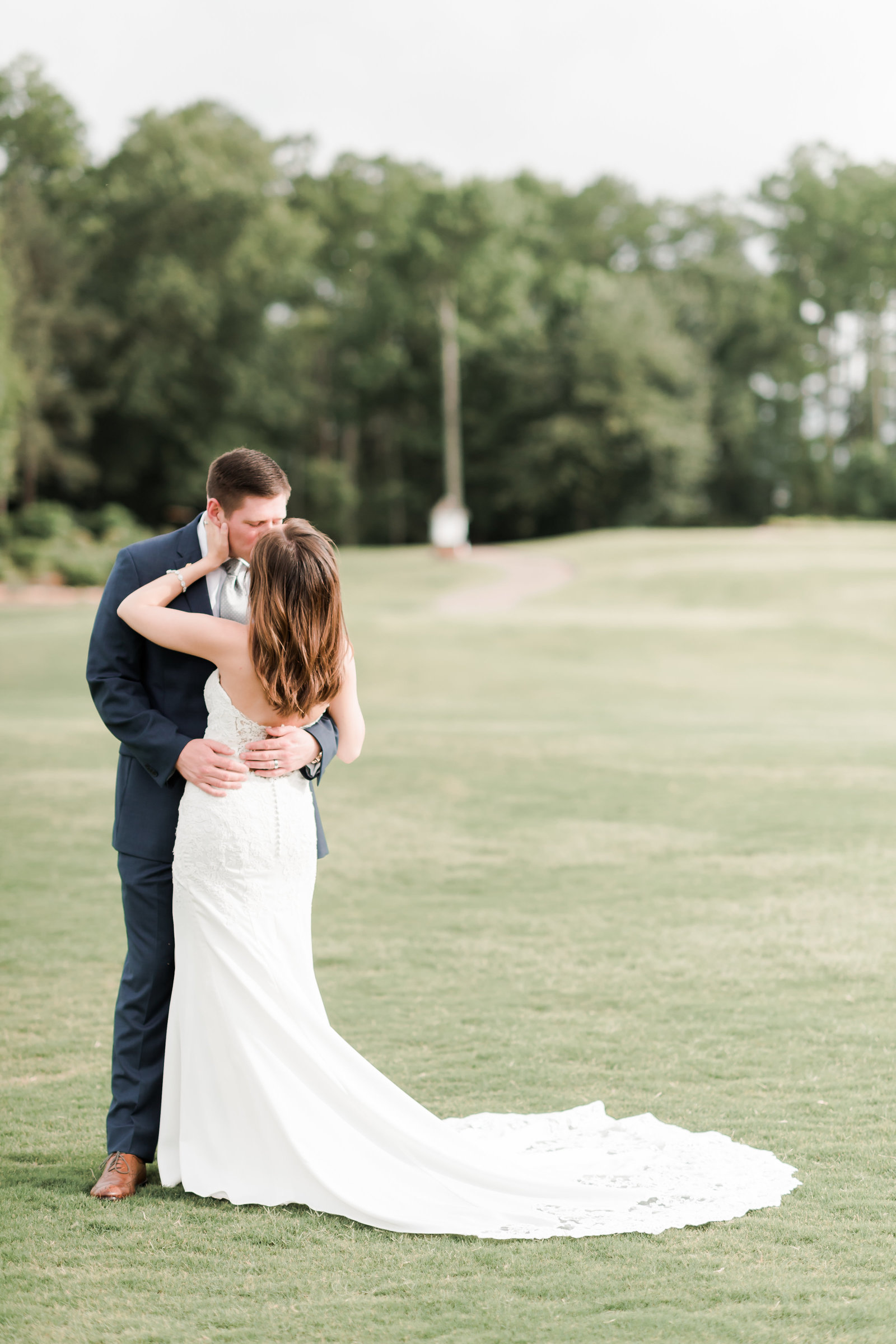 Two Rivers Country Club Classic Memorial Day Wedding by Elizabeth Friske Photography-53