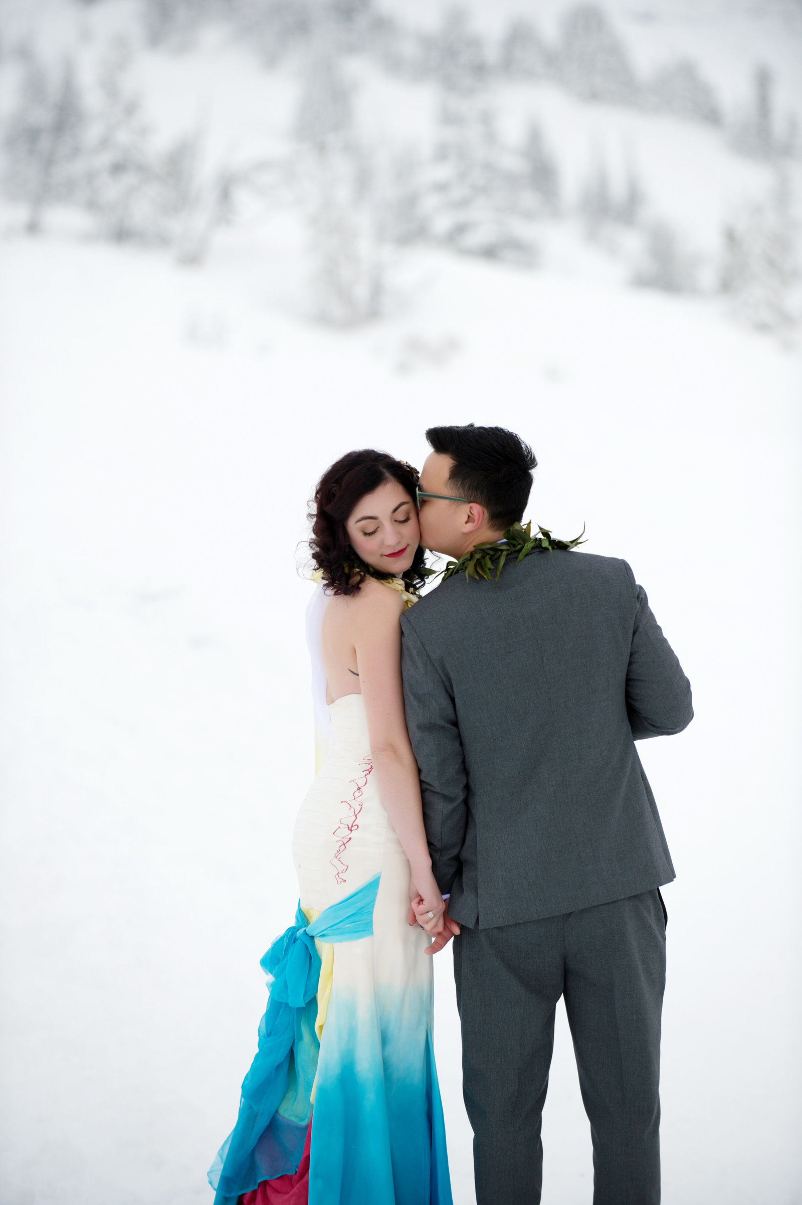 Crystal Genes Photography TIMBERLINE LODGE WEDDING161126-130452