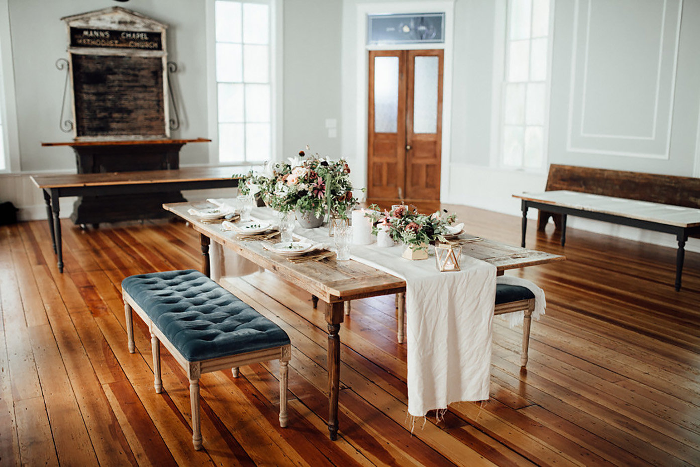 The Parlour event Venue in Chapel Hill, North Carolina, intimate dinner