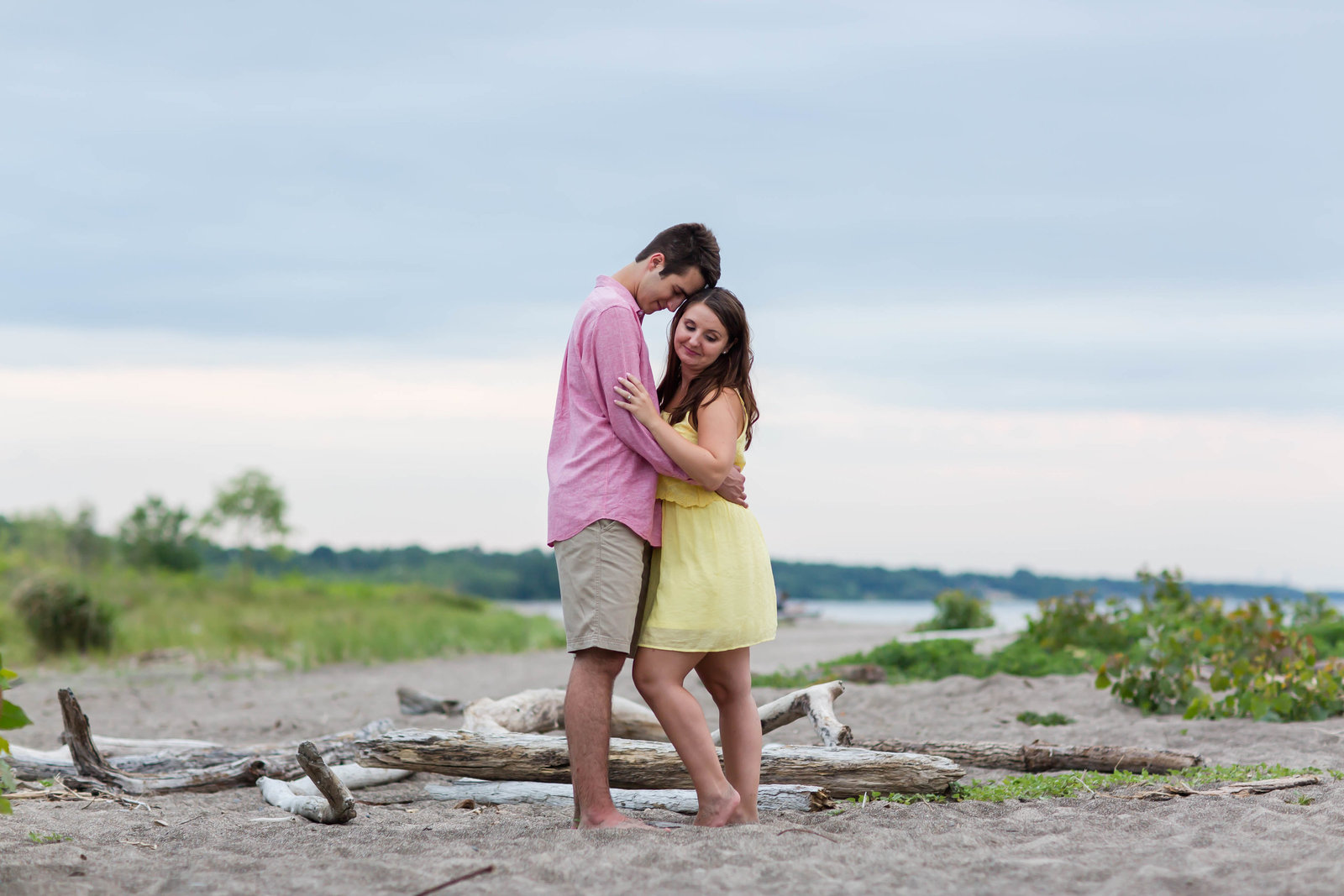 headlands-beach-mentor-ohio-engagement-session-60