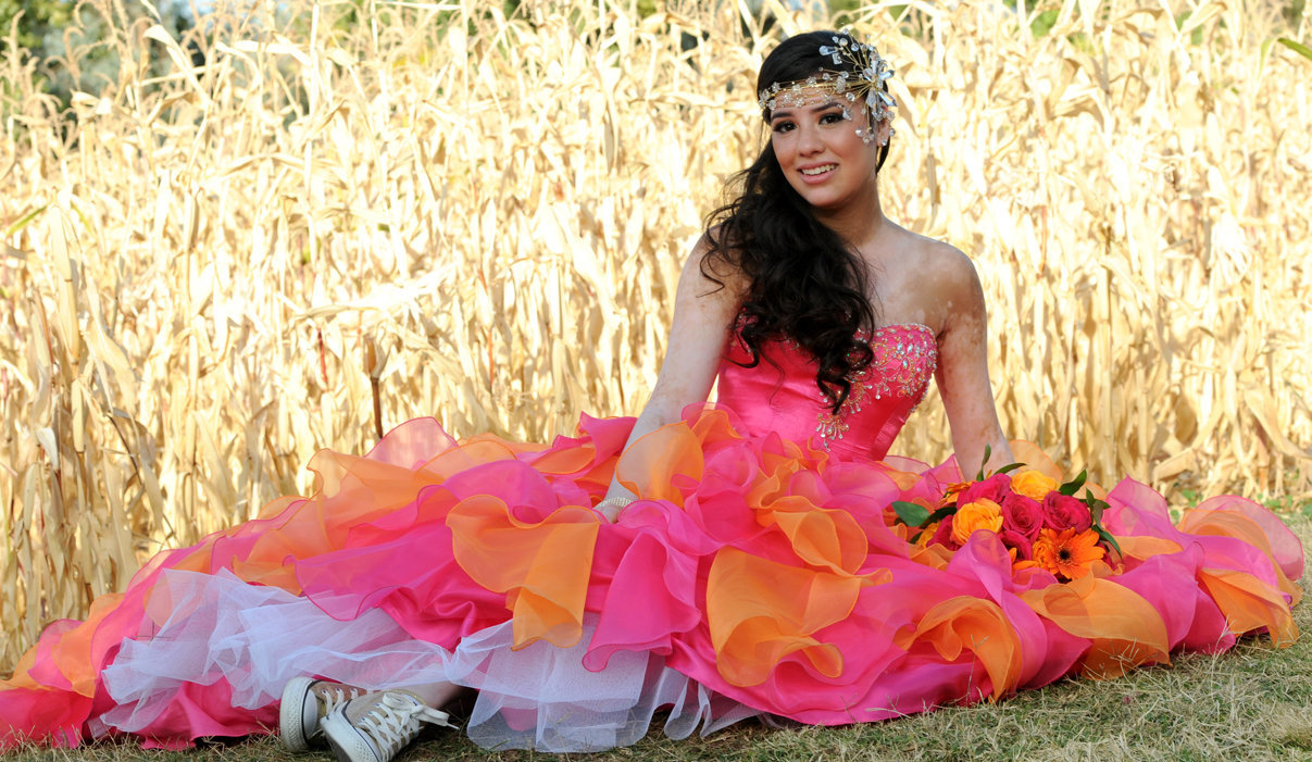 Quinceañera Beauty in the cornfield