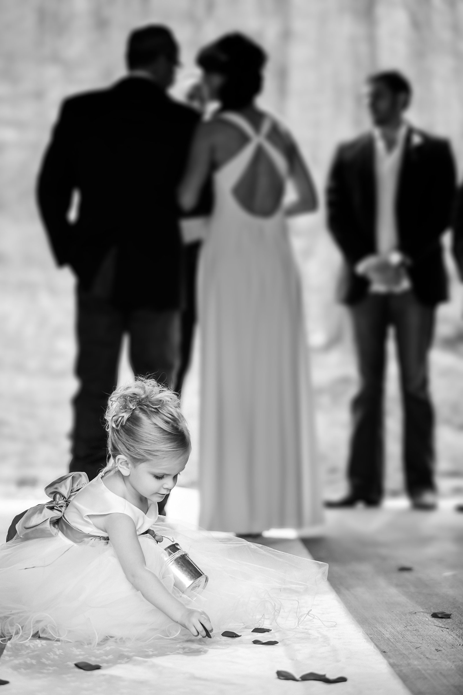 Wedding-Moments-Cute-Flower-Girl