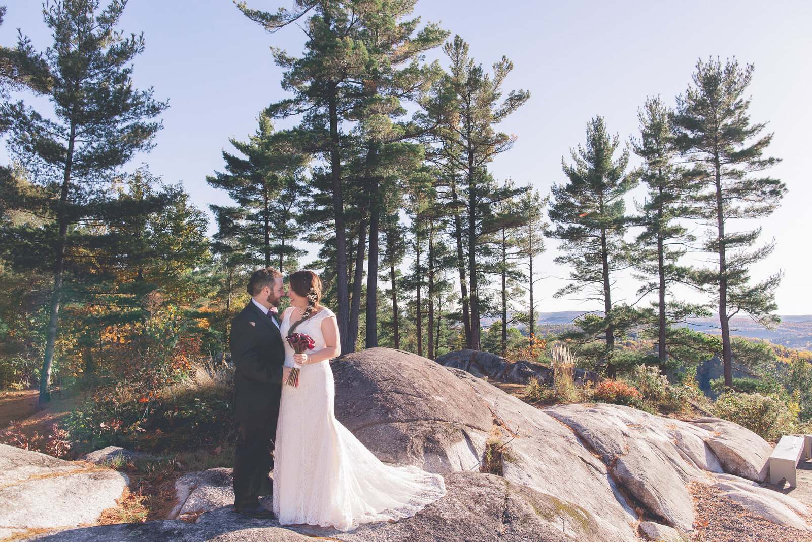 Le Belvedere wedding in the gatineau hills