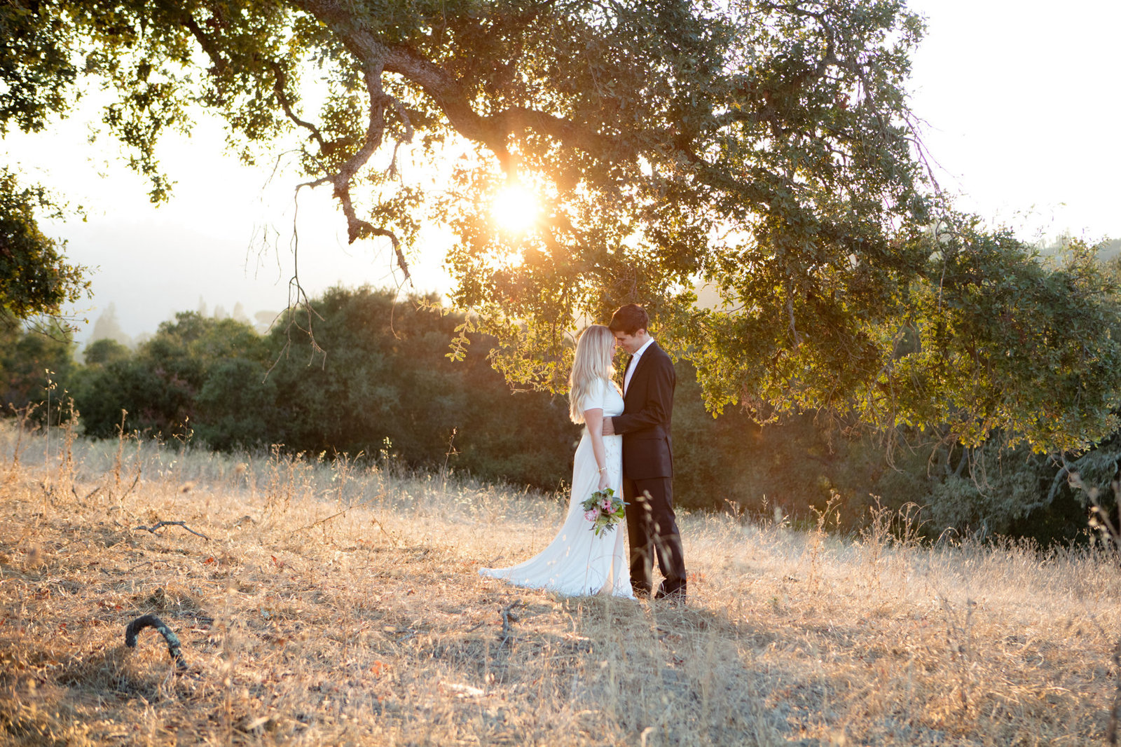 Sun drenched wedding photos in beautiful Los Altos Hills